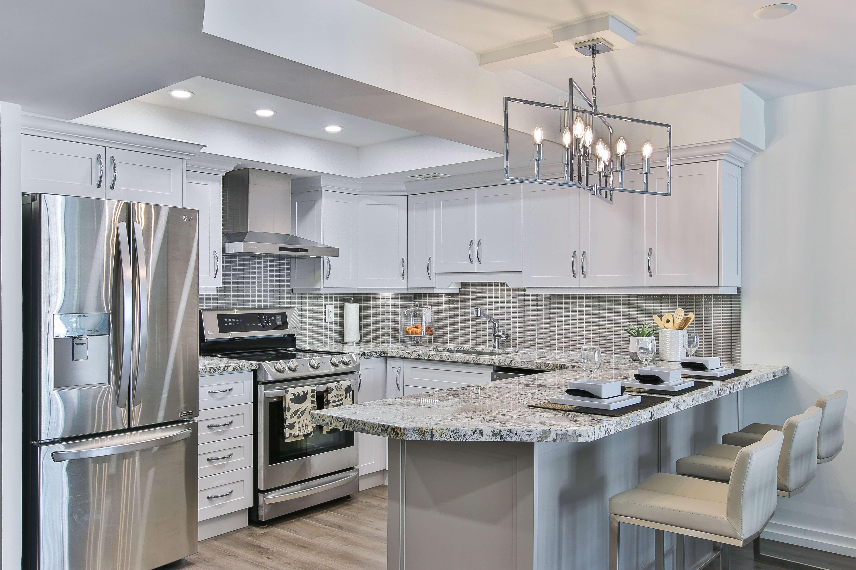 U-modern-classic-kitchen-sidekix-media-Mr2sz24thbE-unsplash-mebelux (1)