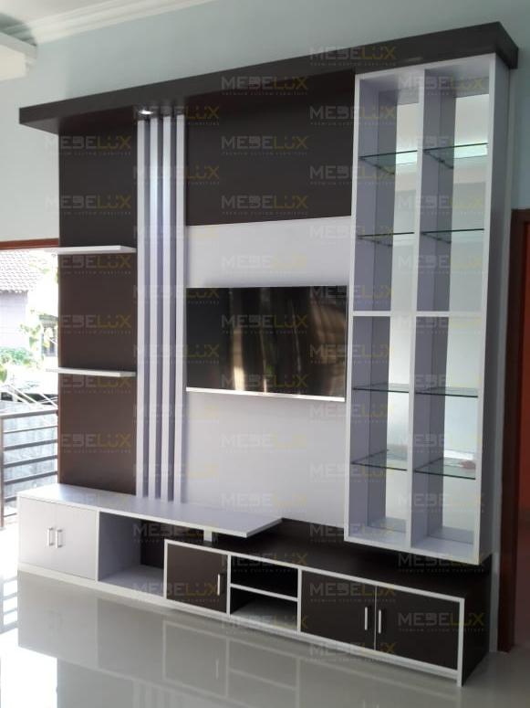 portfolio-mebelux-backdrop-tv-hitam-putih